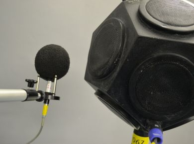 Rotating Microphone with loud speaker in test chamber